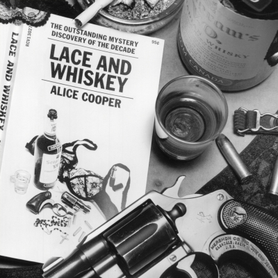 Alice Cooper – Lace And Whiskey